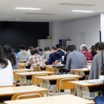 公務員試験対策、予備校か個別指導どっちがいい?詳しく解説します